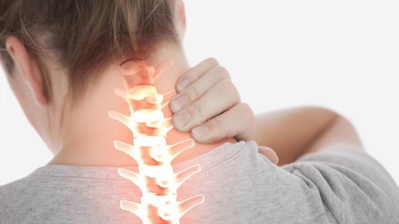 گردن درد و علت های شایع آن